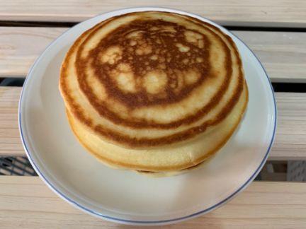 米粉ホットケーキ3段重ねの写真