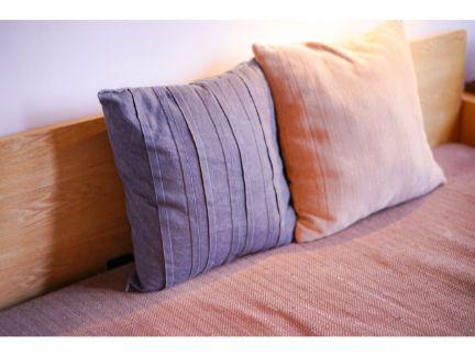 並び合った枕の写真