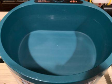 ポット洗浄中で洗浄した加熱ボウルの写真