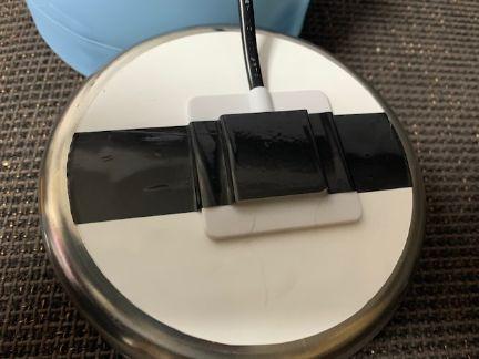 加熱ボウルのステンレス容器の裏側の写真