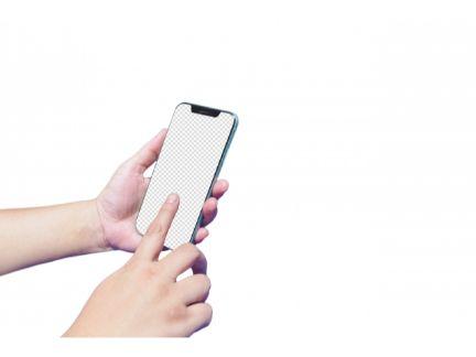 スマホを操作する手元の写真