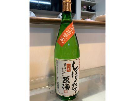 日本酒原酒の一升瓶の写真